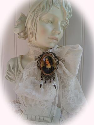German Cameo Black-cameo lady in black