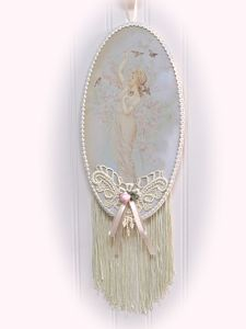 Oval Fringe Spring-oval wall hanging