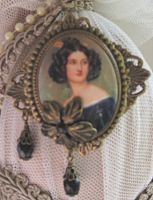 German Victorian Cameo-cameo pin in black