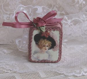 Victorian Lady In Rose-Rose Music Box