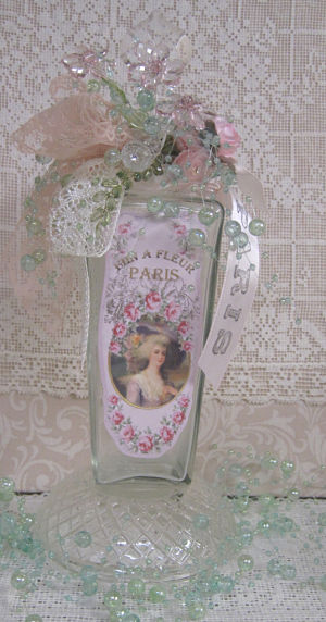 5 Fin Fleur French Lady-French lady bottle