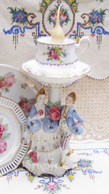French Couple Lamp IV-French couple, couple lamp, candle light